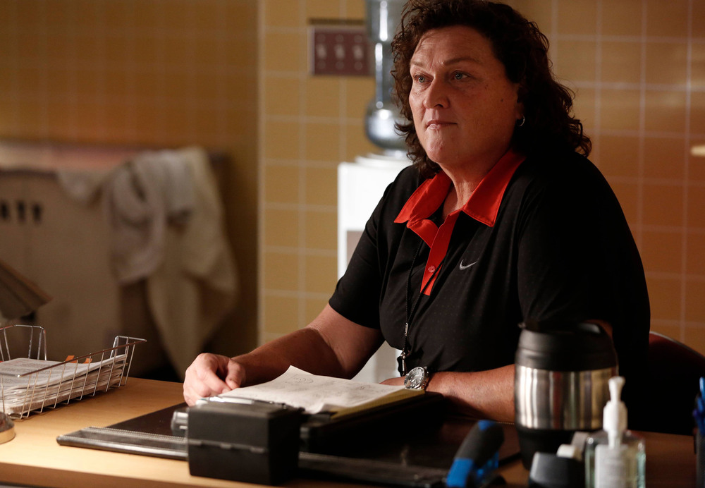 Glee Promo For Season 6, Episode 7: Coach Beiste Is Bullied (VIDEO)