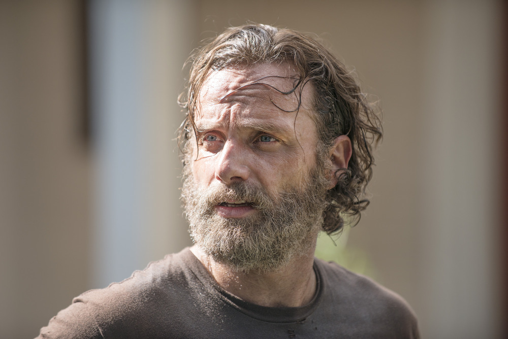 "The Walking Dead Promo For Season 5, Episode 10 ""Them"": The Group Is Desperate (VIDEO)"