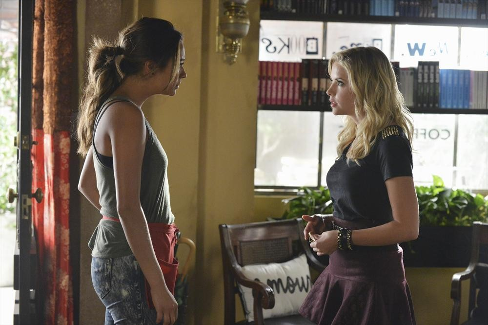 Pretty Little Liars Season 5, Episode 18 — To Catch a Whisper