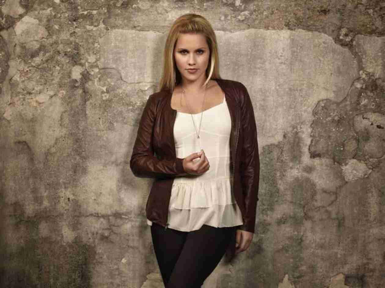 The Originals Season 2 Spoiler: Will Claire Holt Ever Return?