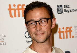 Joseph Gordon-Levitt Dons Drag, Smashes a Set on 'Todrick' (VIDEO)