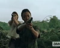 w630_Maggie-and-Sasha-Aim-Guns-in-Walking-Dead-Promo--at-Aaron-1418595176