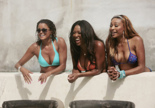 'RHoA' Bikini Bodies — See Kenya Moore, Cynthia Bailey, & More (PHOTOS)