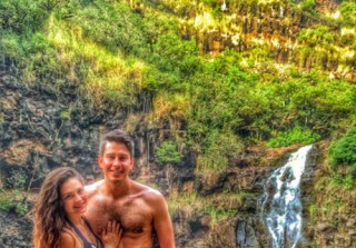 Arie Luyendyk Jr and New Girlfriend Do a Super Sexy Shoot — See Here (PHOTO)