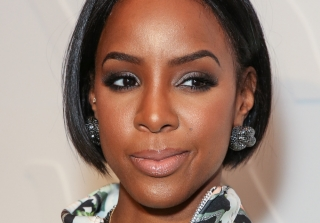 Kelly Rowland Finally Introduces 4-Month-Old Son Titan (VIDEO)