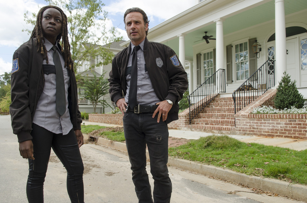 "Walking Dead Season 5 Episode 15 Recap: Rick Goes Full Shane, Michonne Wins ""Try"" By a Knockout"