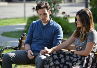 Ian Harding Opens Up About Those Steamy Ezria Sex Scenes