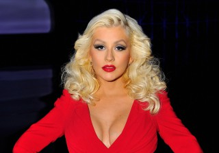 Christina Aguilera Goes Brunette For Her Nashville Role! (PHOTO)