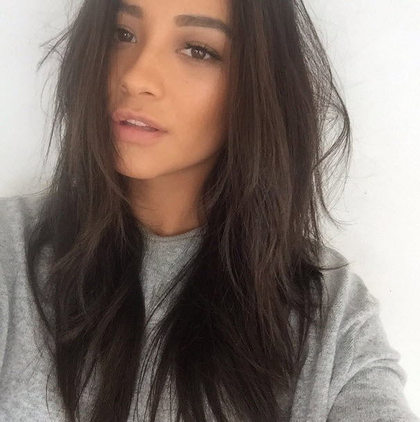 Shay Mitchell Goes Nearly Makeup Free And Looks Amazing