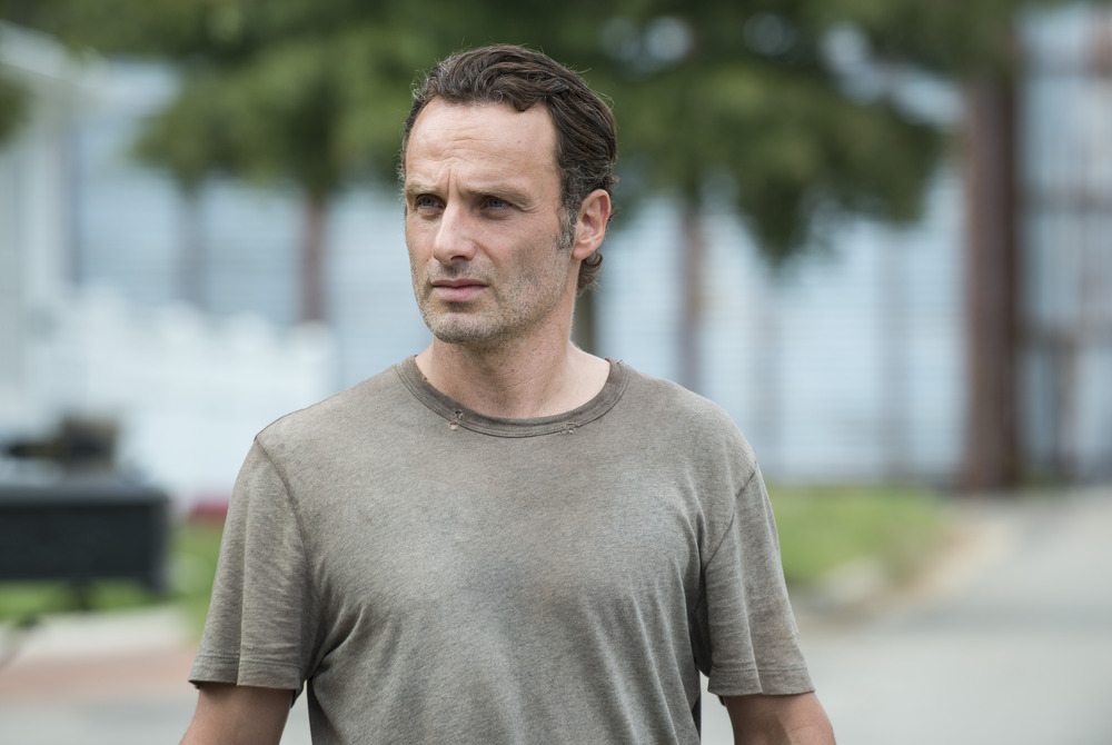 Walking Dead Season 5, Episode 14 Sneak Peek: Rick and Pete Face Off (VIDEO)
