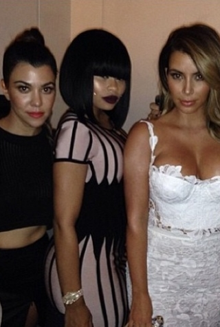 w630_Blac-Chyna-with-Kim-Kardashian-Kourtney-Kardashian-and-Naya-Rivera-1384554433