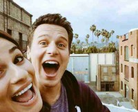 w630_Lea-Michele-and-Jonathan-Groff-Ride-the-Glee-Ferris-Wheel--1425077725