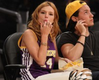 Bella Thorne did not learn her manners at home.