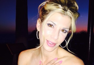 Alexis Bellino Gets 10-Carat Diamond For 10-Year Anniversary (PHOTO)