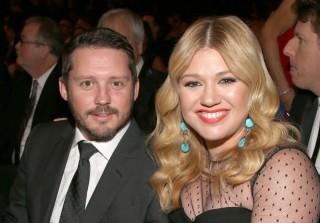Kelly Clarkson: FOX News Anchors Apologize For Fat Shaming Jokes