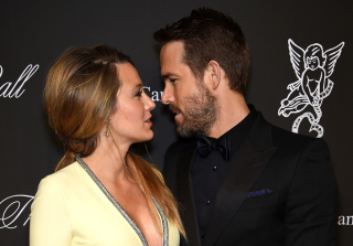 Ryan Reynolds Grabs Blake Lively\'s Boob in Dirty Photo