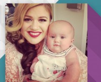w630_Kelly-Clarkson-and-River-Rose-1428595199