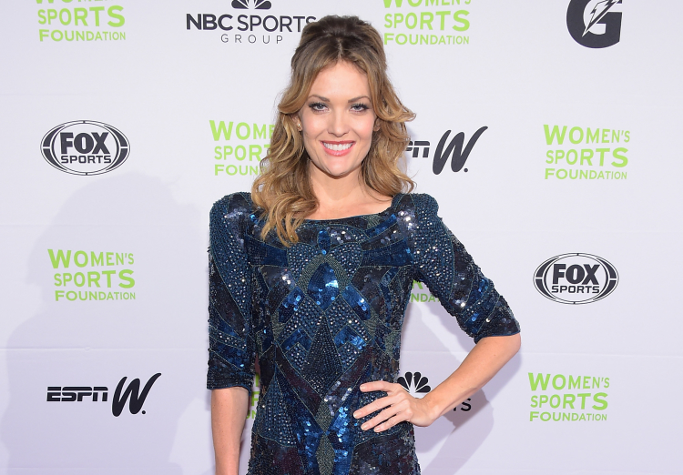 Amy Purdy Attends 35th Annual Salute To Women In Sports