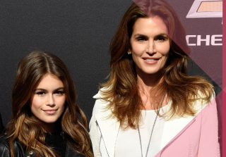 Adorable Celebrity Mother-Daughter Look-Alikes (VIDEO)