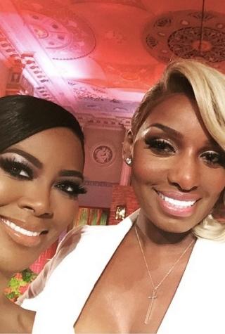 Kenya Moore and NeNe Leakes pose after the RHOA Reunion.