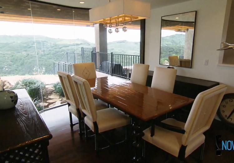 Caitlyn Jenner S Malibu Home Interior Designer Gives The