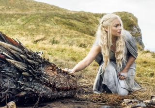 Game of Thrones' Dragons are Just Tennis Balls on Sticks (VIDEO)