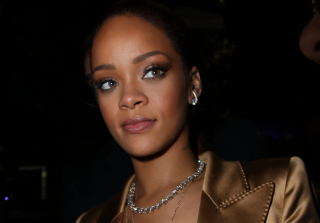 BET Awards 2015: See Rihanna Jam Out to Chris Brown\'s Performance
