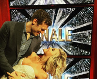 Brooks Laich and Julianne Hough at DWTS Season 20 Finale