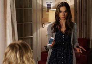 Pretty Little Liars Spoilers: Get a First Look at Spencer\'s New Digs