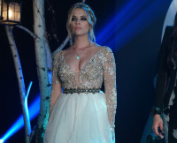 Hanna in Her Prom Dress on Pretty Little Liars Season 6, Episode 9