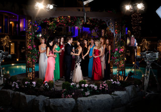 5 'UnREAL' Moments That Would (Probably) Never Happen on 'The Bachelor'