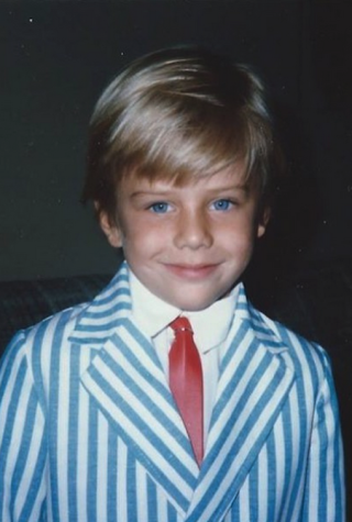 This Blond Cutie Is Known For Kissing a Lot on TV — Who Is He?