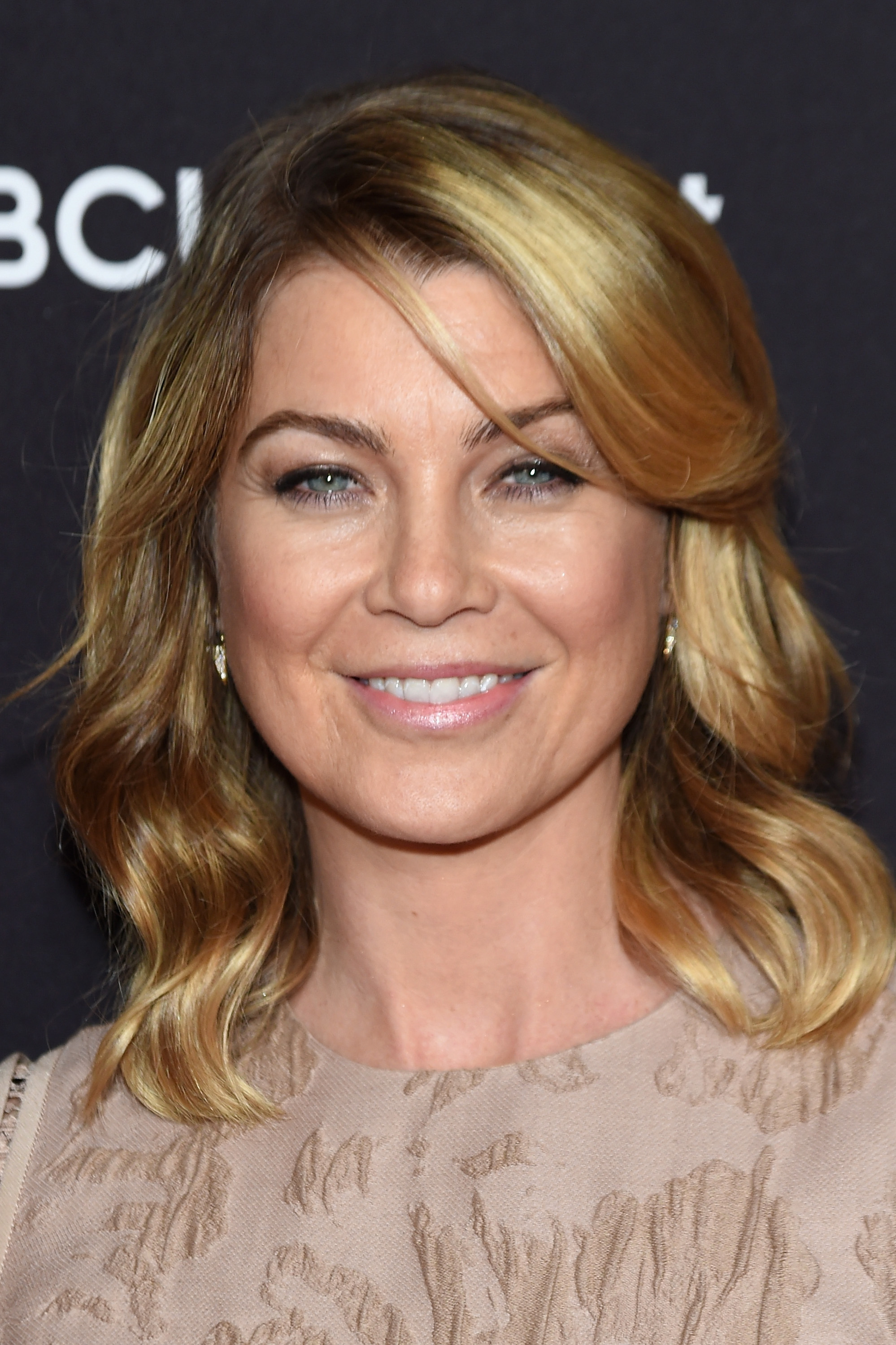 Ellen Pompeo Nude Photos 24