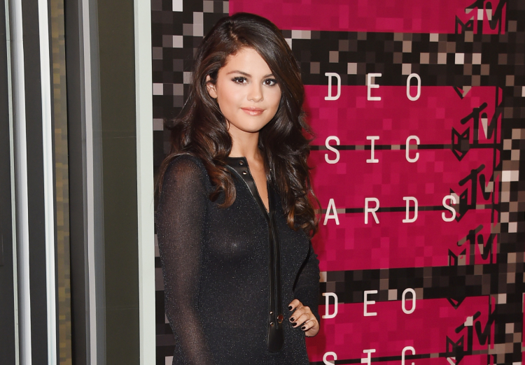 Selena Gomez at 2015 MTV VMAs