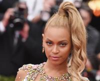 Beyoncé pregnant again