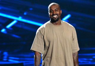 """Kanye West For President"" Memes Break Internet After 2015 MTV VMAs Acceptance Speech"