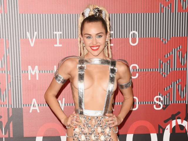 WORST: Miley Cyurs