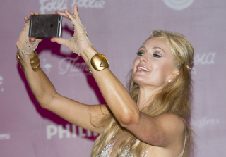 Paris Hilton Rescued After Being Stuck in Chinese Elevator