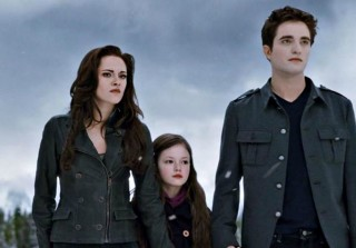 'Twilight's Renesmee — AKA Mackenzie Foy — Is All Grown Up