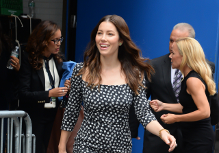 Jessica Biel Shows Off Post Baby Body 5 Months After Giving Birth