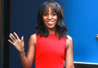 Kerry Washington Ambushed By Mega-Fan in New York City (PHOTO)