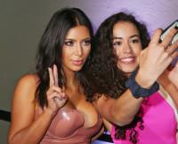 Kim Kardashian, celebrity selfies