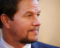Mark Wahlberg, well-endowed actors