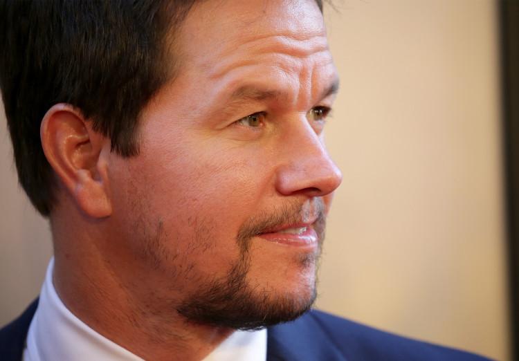 Mark Wahlberg, well-endowed actors