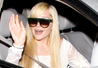 "Amanda Bynes Returns to FIDM & Is ""Doing Great"""
