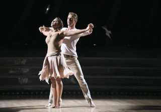 Bindi Irwin Goes \'Dirty Dancing\' on \'Dancing With the Stars\' (VIDEO)