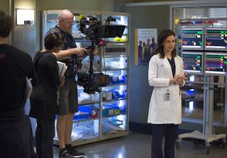 'Grey's Anatomy' Inspires Woman to Donate Kidney to Stranger (VIDEO)