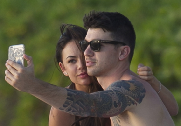 Janel Parrish Amp Boyfriend Justin Altamura S Sexy Beach Day Photos