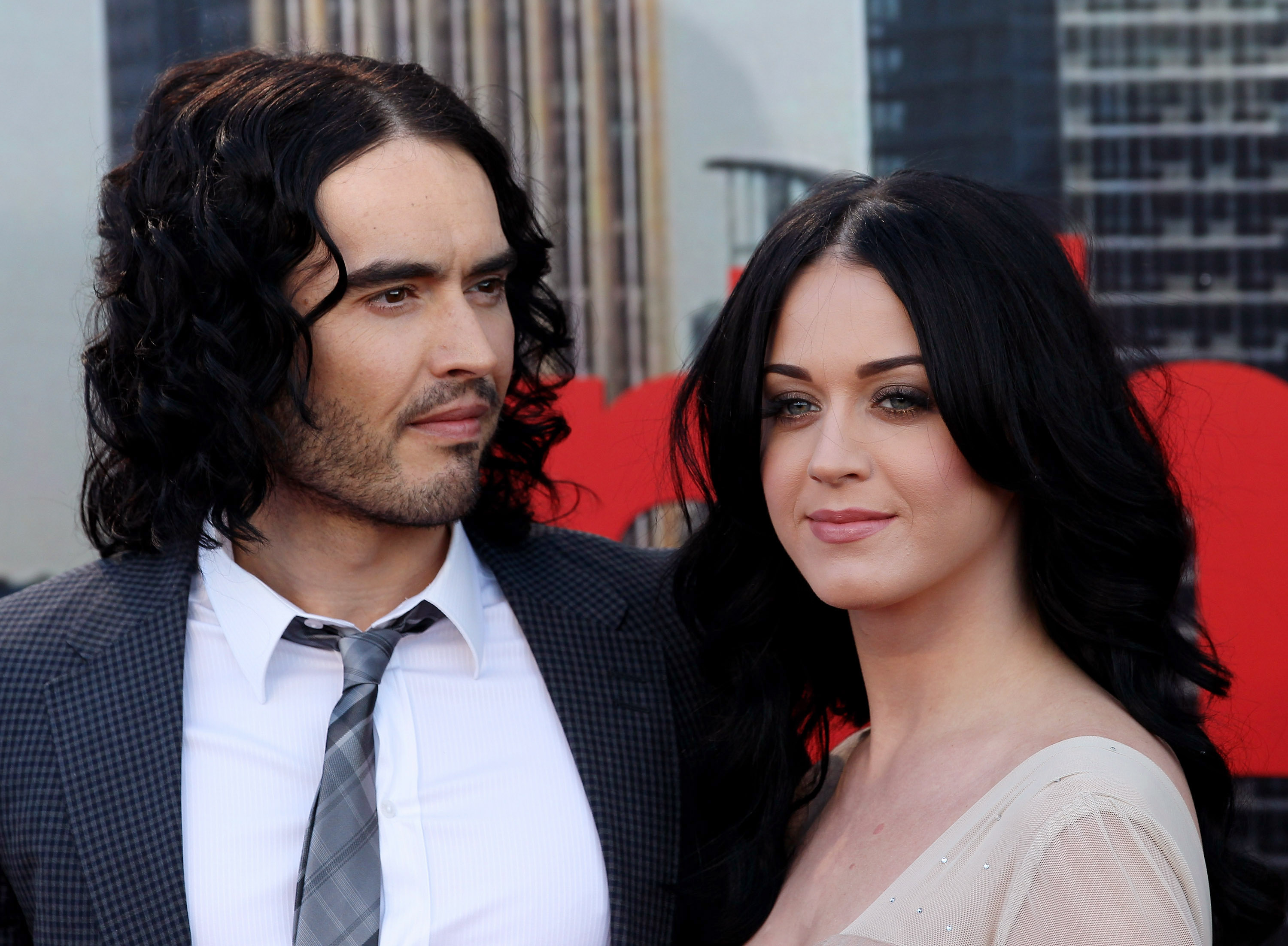 perry hindu singles While it's relatively common in hollywood for celebrity marriages to not last until death does them part, some hindu leaders are taking russell brand and katy perry's divorce very hard.