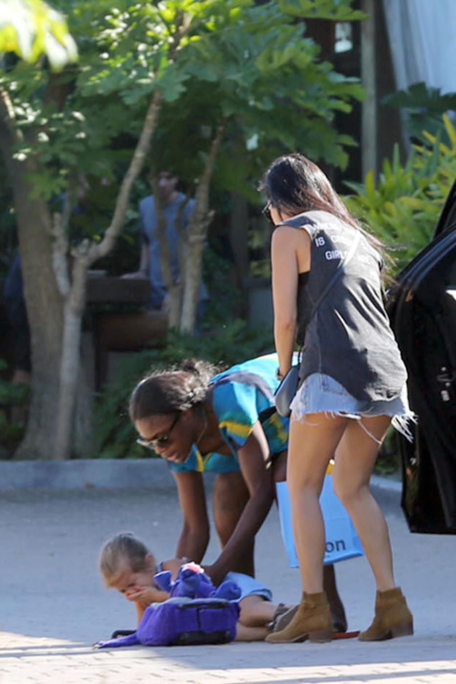 Kourtney kardashian daughter 2014